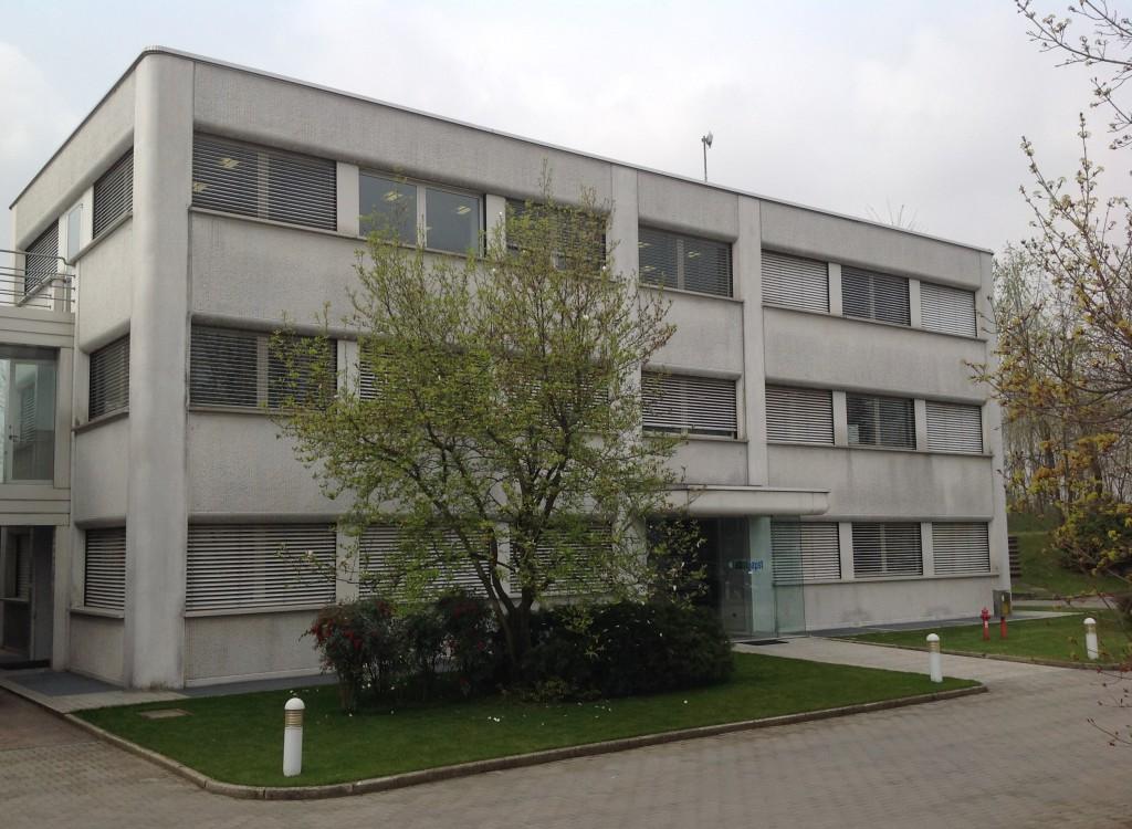 Ebm-papst S.r.l. di Mozzate (CO) opera in tre unità produttive, su un'area di circa 30.000 m², divise tra uffici, magazzini e aree di produzione.