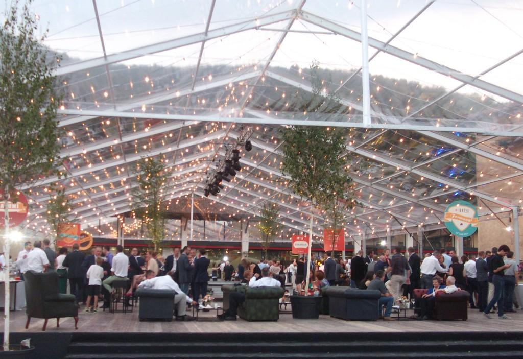 Ivar ha festeggiato i trent'anni di attività con un evento internazionale al Museo Mille Miglia di Brescia.