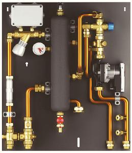 Modulo satellitare d'utenza corredato con separatore idraulico. (Giacomini).