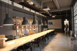 Per le zone show-cooking e workshop del Food Lab al piano seminterrato sono state adottate unità VRF del tipo Cassette installate a vista, con canali dell'aria a sezione rettangolare.