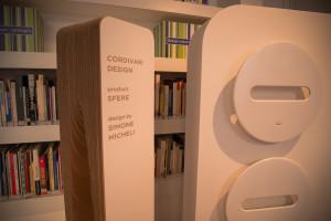Il nuovo radiatore d'arredo Sfere di Cordivari Design è in mostra fino al 15 maggio presso la DesignLibrary di Milano.