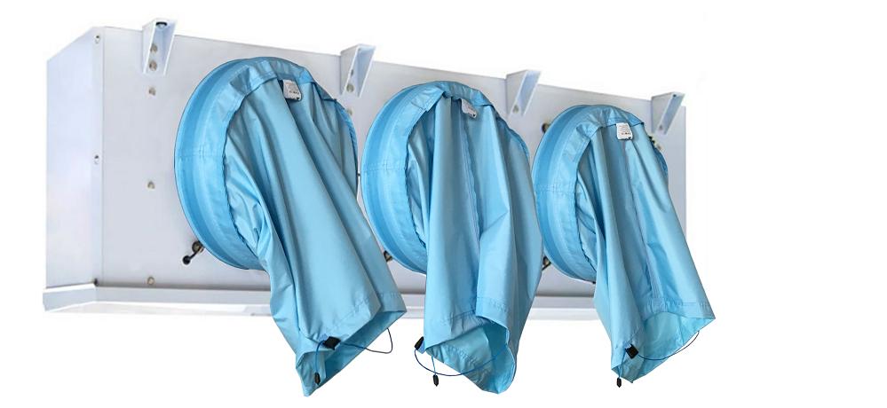 Evaporatore spento Il tessuto, per effetto della gravità, va a coprire il ventilatore, prevenendo il movimento di aria attraverso l'evaporatore e accelerando il suo sbrinamento.